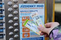 Jízdenky ostravské hromadné dopravy.