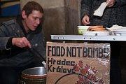 Členové Food Not Bombs - Ilustrační foto.