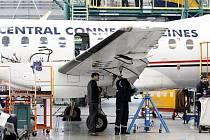 Hangár leteckého opravárenského závodu Job Air Technic.