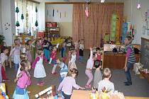 Mateřská škola Oty Synka v Ostravě-Porubě využívá všechny dostupné možnosti k formování zdravého jedince a zohlednění talentu dětí.