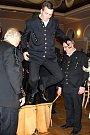 Skok přes kůži: zaslouží úctu, jakou má jízda králů? Ilustrační foto.