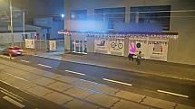 Vloupání cizinci, Ostrava. Fotografie přímo z akce je z kamerových záznamů, omluvte sníženou kvalitu.
