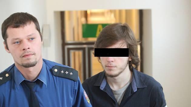 Vrah osmiletého dítěte si dnes u ostravského krajského soudu vyslechl trest.