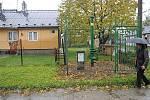 Odplyňovací komínky mají doslova za humny obyvatelé některých domů nejen ve Slezské Ostravě, ale i v Michálkovicích.