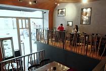ČERNÁ HVĚZDA CAFE.