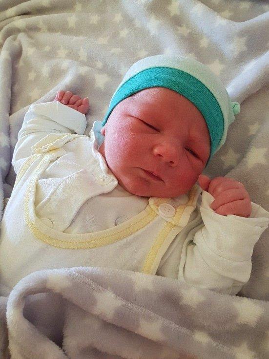 Lukáš Černý, narozen 9. května 2021 v Opavě, míra 51 cm, váha 3590 g. Foto: Lucie Dlabolová, Andrea Šustková