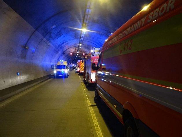 Nehoda v klimkovickém tunelu. Ilustrační foto.