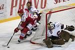 Čtvrtfinále play off hokejové extraligy Třinec - Sparta