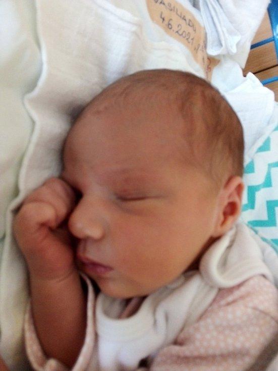 Melia Vasiliadu, Opava, narozena 4. června 2021 v Krnově, míra 49 cm, váha 3220 g.