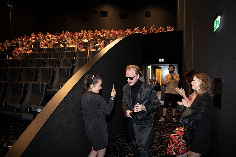 Předpremiéra filmu Shoky a Morthy: Poslední velká akce v ostravském kinu Cinestar, 23. července 2021 v Ostravě. Herec Štěpán Kozub.