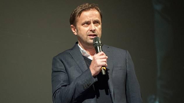Majitel fotbalového Baníku Ostrava Václav Brabec se důrazně ohradil proti některým vyjádřením deníku Sport, které se týkají trenéra Pavla Vrby a stopera Patrizia Stronatiho.