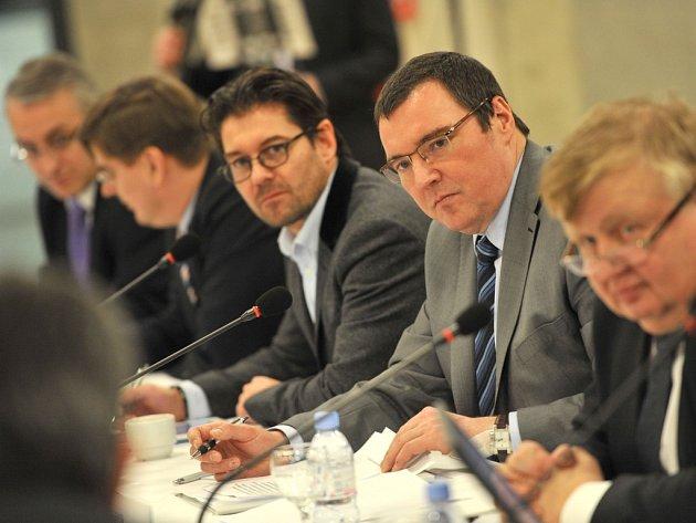 Guvernér České národní banky Miroslav Singer na konferenci se zástupci významných firem z ostravského regionu.