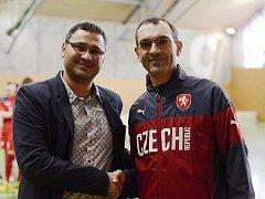 Hlavní organizátor futsalového turnaj Ostrava Cup Pavel Czene (vlevo) s předsedou Komise futsalu Otakarem Mestekem.