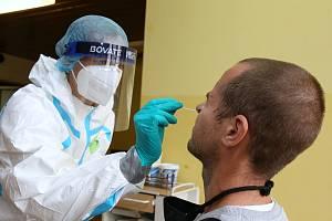 Testy na koronavirus. Ilustrační snímek.