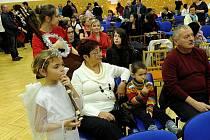 Občanské sdružení pro pomoc dětem s poruchou krvetvorby Haima ve spolupráci s Klinikou dětského lékařství Fakultní nemocnice Ostrava uspořádalo ve čtvrtek Vánoční benefiční koncert pro dětskou hemato-onkologii.