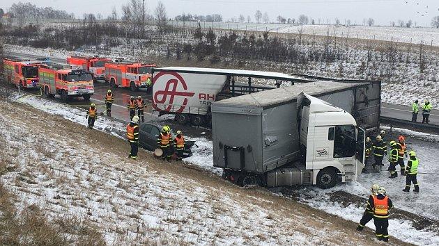 Nehoda na dálnici D1 v okrese Nový Jičín