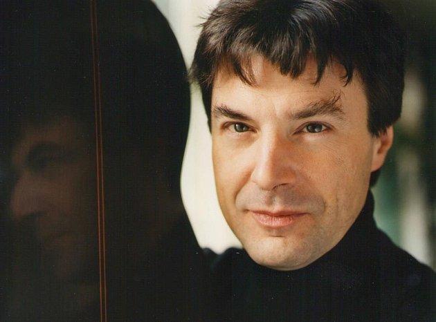 Kytarista Pierre Laniau