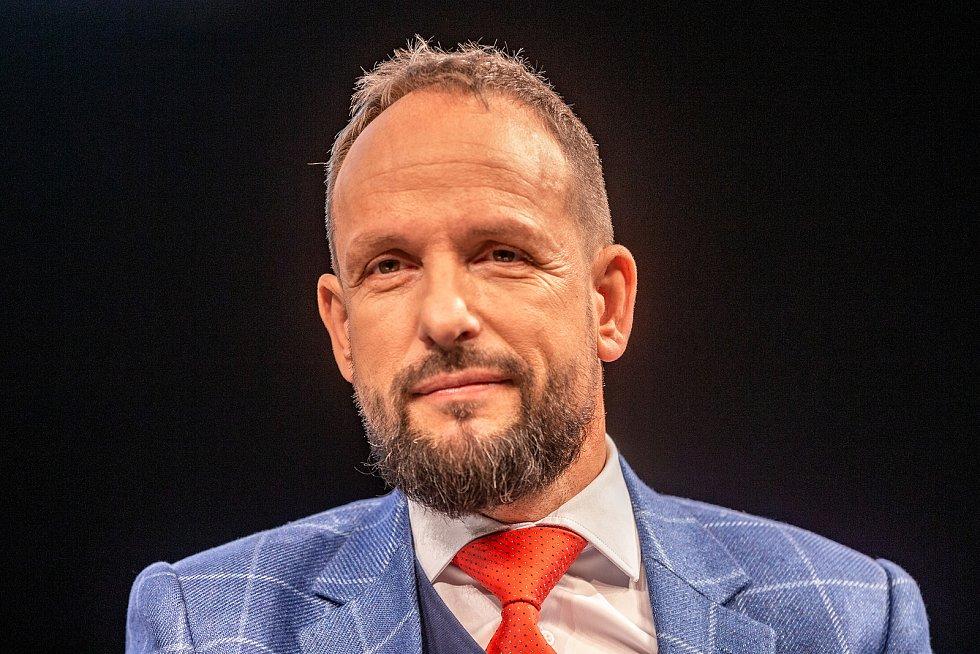 Veřejná debata ostravských primátorů, kteří stáli v čele města po roce 1990, 7. listopadu 2019 v Ostravě. Tomáš Macura.