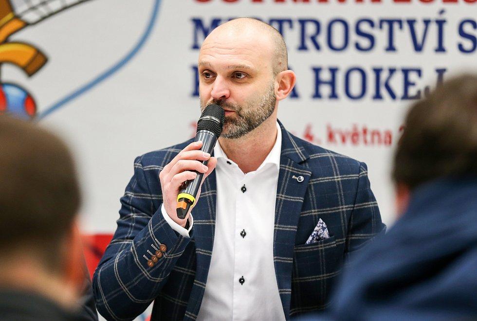 Tisková konference k Mistrovství světa v para hokeji 18. ledna 2019 v Ostravě. Na snímku Jiří Šindler předseda LOC.