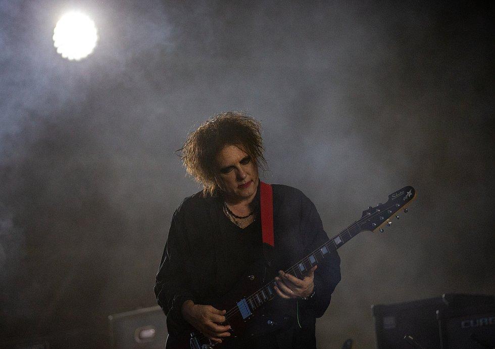 Hudební festival Colours of Ostrava 2019 v Dolní oblasti Vítkovice, 20. července 2019 v Ostravě. Na snímku Robert Smith z The Cure.