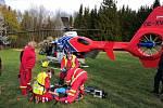 Ze zásahu moravskoslezských zdravotnických záchranářů při úrazu paraglidisty v sobotu v Beskydech.
