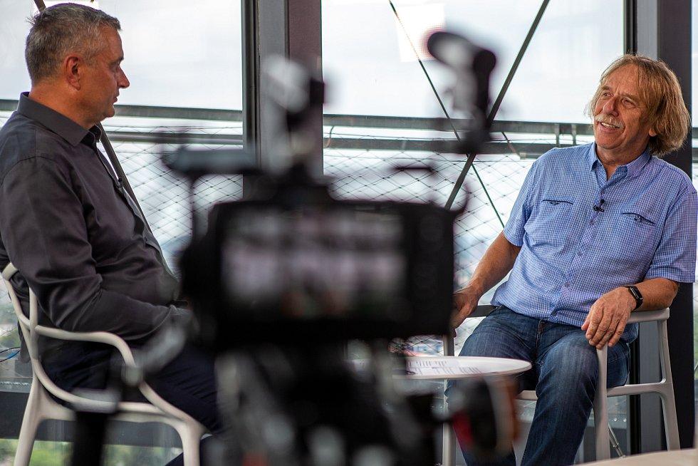 Jaromír Nohavica při rozhovoru k projektu SametOVA na Bolt Tower, 20. srpna 2019 v Ostravě.
