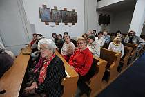 Nejvíce kostelů bylo možné navštívit v Ostravě – devětadvacet plus ostravsko-opavské biskupství a Ostravské muzeum. V každém návštěvníci dostávali také razítka do Poutnického pasu – malé brožurky se seznamem otevřených památek.