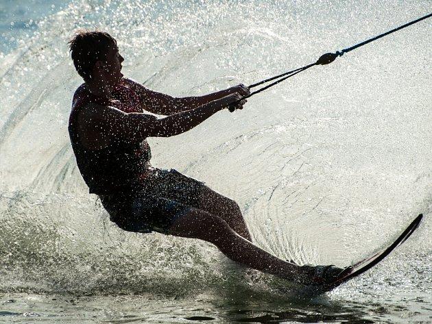 Wakeboarding. Zážitky z tohoto sportu si při sledování odnesou i diváci.