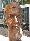 Busta Petry Kvitové od sochaře Milana Bendy