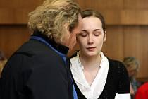 Šestadvacetiletá Romana Pítrová, která v srpnu loňského roku ve Frenštátě pod Radhoštěm připravila o život své právě narozené dítě, byla odsouzena šestnácti rokům vězení.