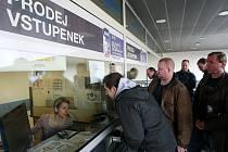Předprodej vstupenek na hokejové MS 2015 v Ostravě.