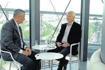Petr Kajnar v talkshow SametOVA!!! 1989-2019 vysvětluje, jakým způsobem a jakých oblastech by se Ostrava měla do budoucna dále rozvíjet.