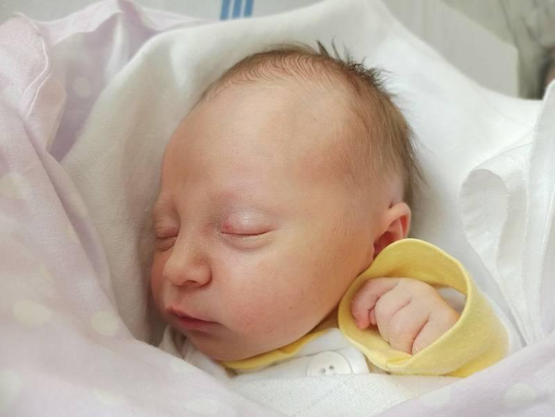 Veronika Rábeková, Bystřice, narozena 13. září 2021 v Třinci, míra 46 cm, váha 2570 g. Foto: Gabriela Hýblová