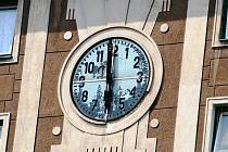 Staré hodiny v porubském Oblouku se dočkaly modernizace a atomového času