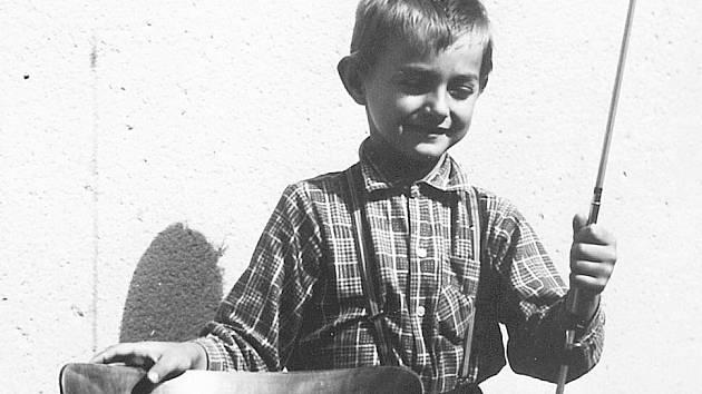 Jaroslav Kovář, dnešní šéf společnosti Sareza, na snímku z dětství.