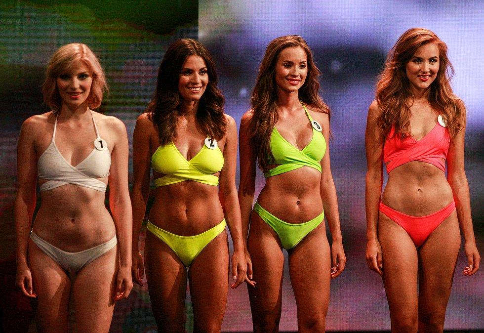 Vyhlášení české Miss 2018 v Gongu.Zleva Amálie Sloupenská, Aneta Mitušinová, Nikola Bechyňová, Jana Šišková