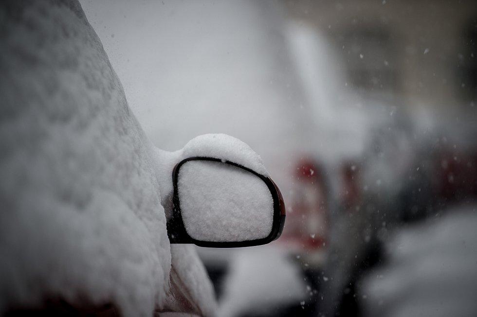Ostravu zasáhlo 8. 1. 2018 sněžení.