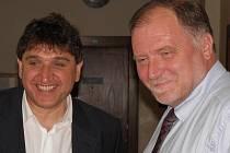 Petr Kellovský (vlevo) se svým obhájcem Tomášem Sokolem během procesu u Krajského soudu v Ostravě.