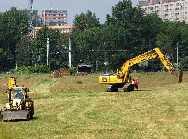 Začaly pozemní práce na Nové Karolině