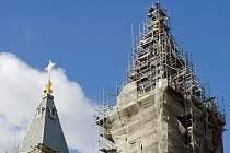 V Ostravě uložili do věže katedrály poselství pro budoucnost.
