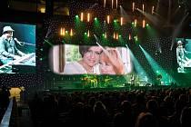 Koncert pro zesnulou Věru Špinarovou v ostravské ČEZ Aréně.