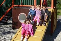 Základní a mateřská škola Naděje ve Frýdku-Místku se zaměřuje na vzdělávání žáků a dětí se speciálními vzdělávacími potřebami.