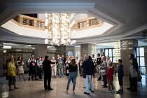 Rekordních devětatřicet organizací se v sobotu zapojilo do devátého ročníku kulturního festivalu Ostravská muzejní noc. Lidé mohli od podvečerních hodin až do půlnoci bezplatně navštívit zajímavá místa Ostravy.