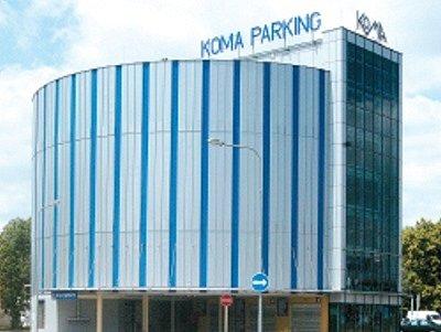 Parkovací dům Koma v Ostravě-Svinově.