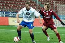 Záložník Miroslav Matušovič hrál v dresu obou sobotních soupeřů - Baníku i Sparty.
