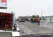 Snímek z rekonstrukce svinovských mostů v roce 2012. Ilustrační foto.