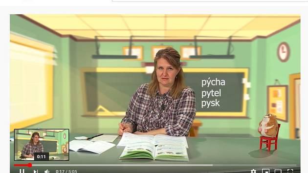Záběr z výukového videa.