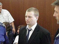 Ostravský krajský soud začal v pondělí projednávat případ vraždy poštovní úřednice ze Skřipova na Opavsku. Na snímku obžalovaný Martin Balhar.