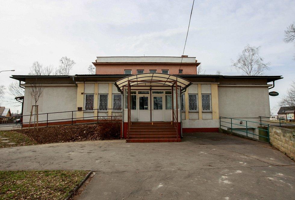Společenský dům v Bartovicích chce vedení obce pronajmout.