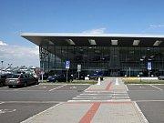 Boeing na mošnovském letišti